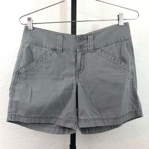 The North Face-Gray Shorts-8